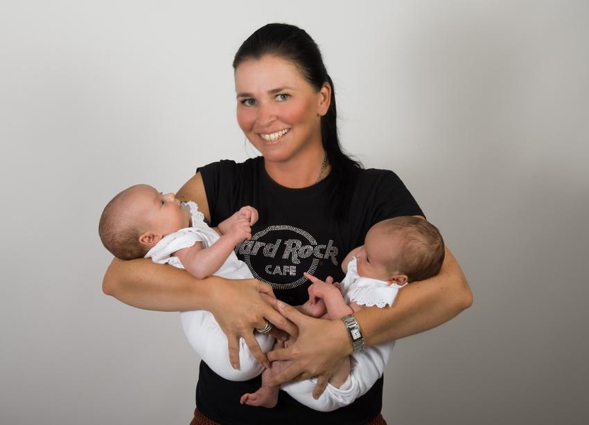 Fotografin Jana Bath mit Zwillingen