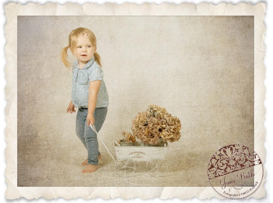 Bild eines 2-jährigen Mädchens