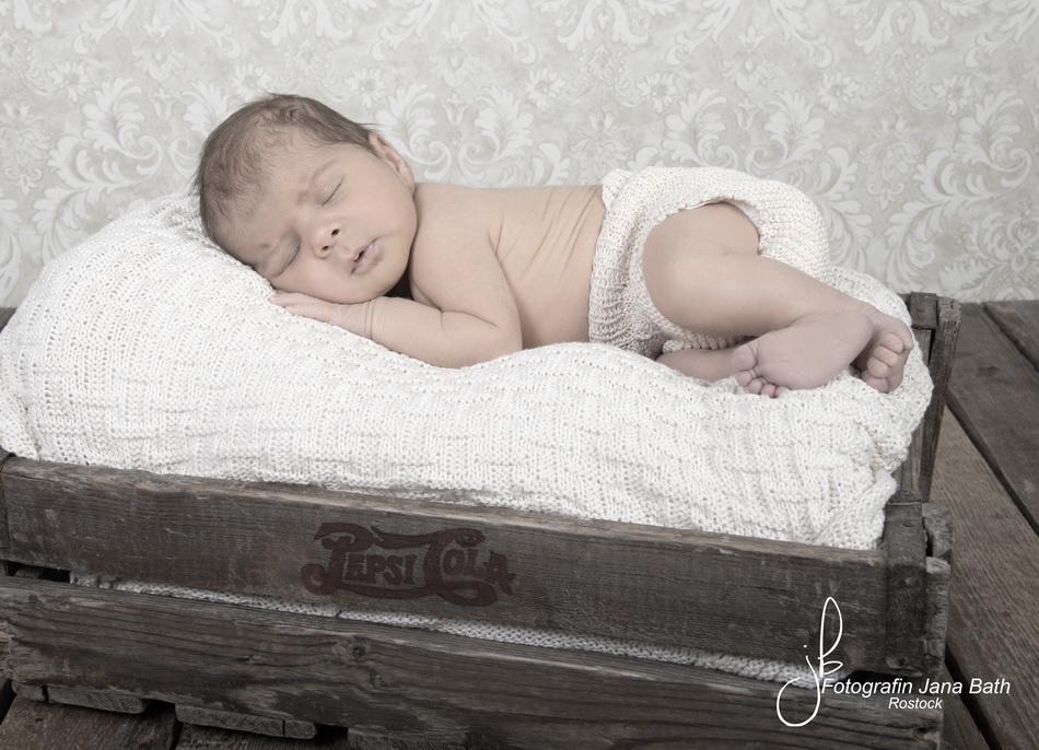 Baby Boy 17 days