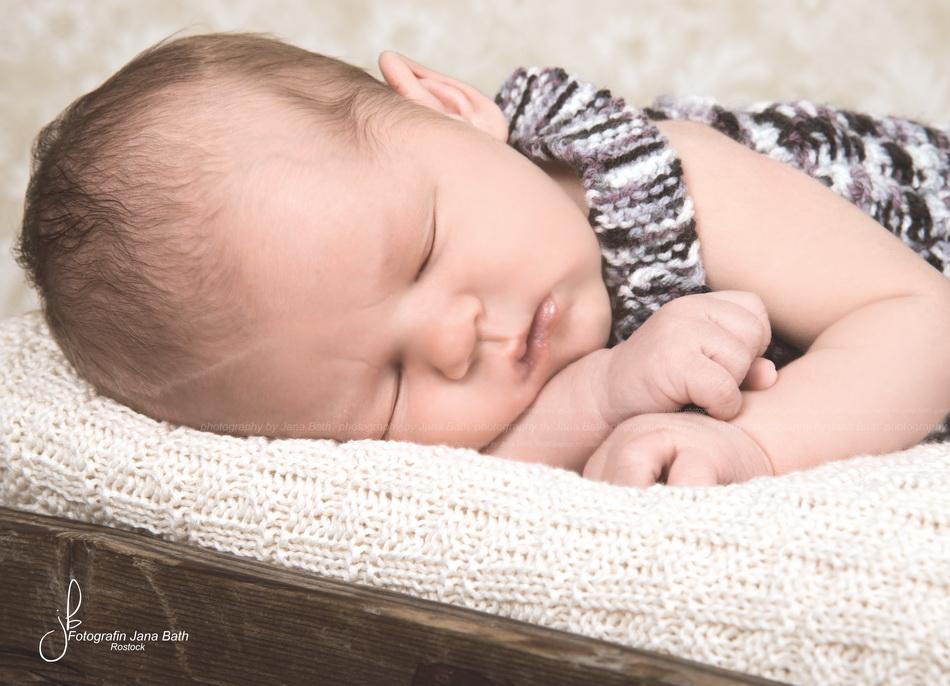 Newbornporträt retuschiert