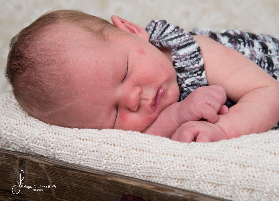 Newborn - unretuschierte Originalaufnahme