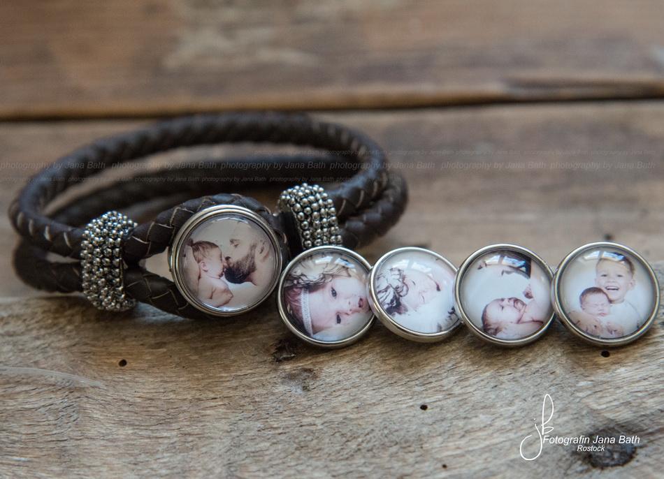 personalisiertes Armband mit 5 Chunks (die kleinen Druckknöpfe lassen sich einzeln bestellen)
