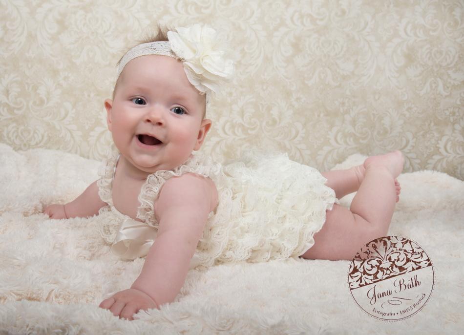 Baby Girl 4 Monate, Lebensfreude pur