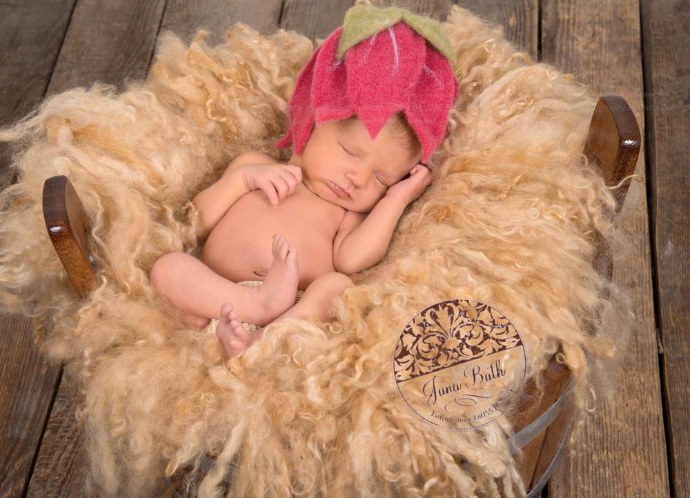 Newborn Mädchen 7 Tage jung