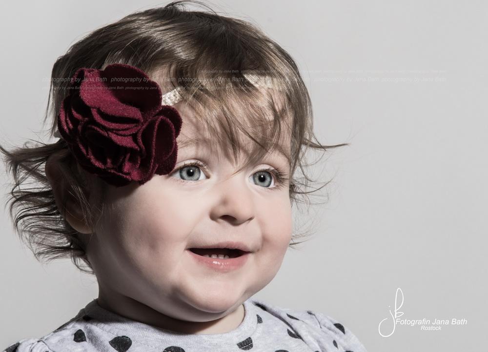 Wonneproppen Porträt mit verringerter Sättigung - Foto Jana Bath 2017