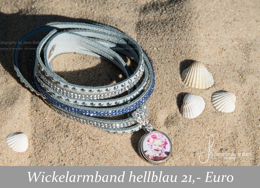 Fotoschmuck aus dem Fotostudio Jana Bath – Wickelarmand hellblau, personalisiert