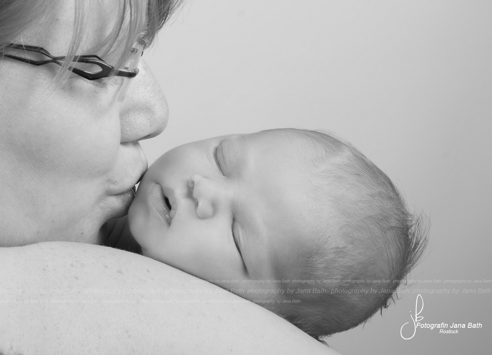 Ein gehauchter Kuss von Mama - Foto Jana Bath 2017